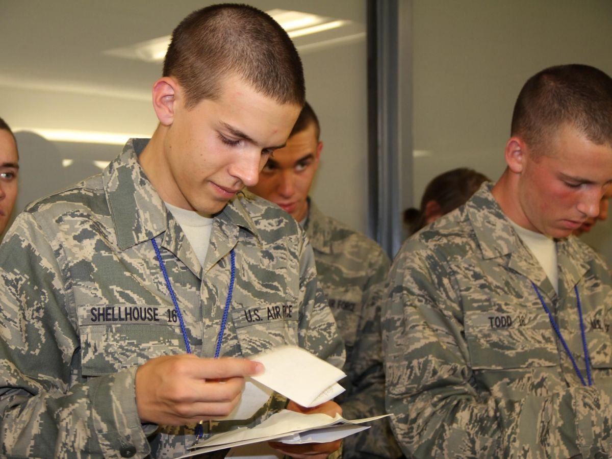 5 tips when writing to someone at basic training boot camp