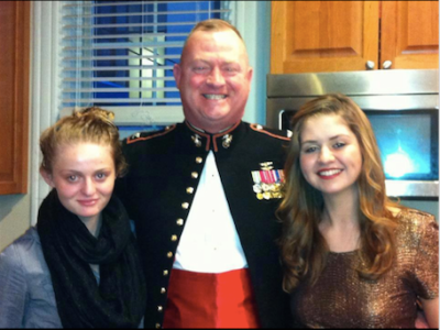 marine dad with daughters